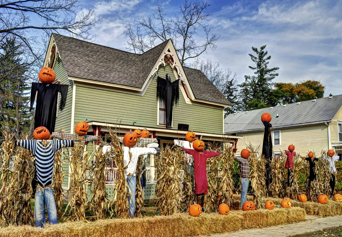 Halloween Decorations2